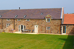 Beehive Barn luxury holiday cottage near holy island and bamburgh