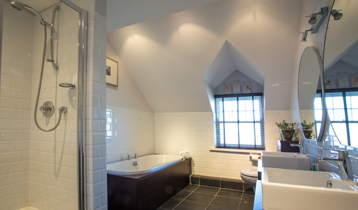 cottages with large bath's in Northumberland. self-catering large cottages in Northumberland with private catering