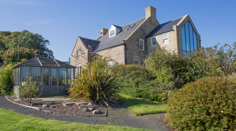 WOW houses in Bamburgh for rent, best holiday cottages to stay in Bamburgh