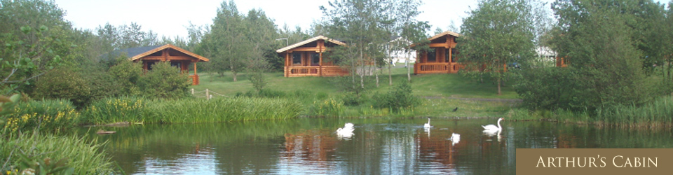 arthur's-cabin-luxury-log-cabin-family-holiday