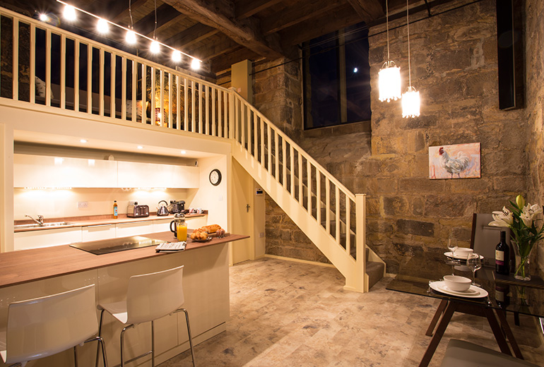 luxury kitchen at pottergate tower