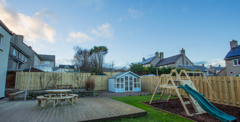 Crabcake Cottage - Luxury Holiday Cottage - Childrens Play Equipment