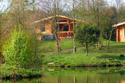 gingerbread cabin at felmoor park, cottages with hot tubs, cabins with hot tubs, lodges with hot tubs, dog friendly log cabins with hot tubs