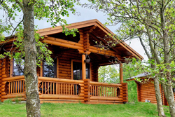 kate's cabin at felmoor park with hot tub to hire, log cabins with hot tubs, lodges with hot tubs, dog friendly log cabins lodges