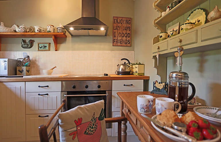 weavers cottage kitchen, homely cottages, luxury farm cottages northumberland, cottages in the northumberland national park, holiday cottages otterburn, luxury cottages otterburn, cottages for weddings otterburn