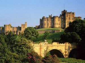 alnwick-castle-visit-alnwick-gardens-accommodation-alnwick-holiday-cottage