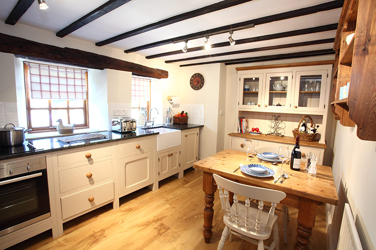 kitchen_throstle_holiday_cottage_for_couples_in_lesbury_northumberland