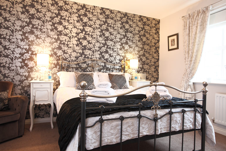 dog friendly holiday cottages in Warkworth better than Sykes