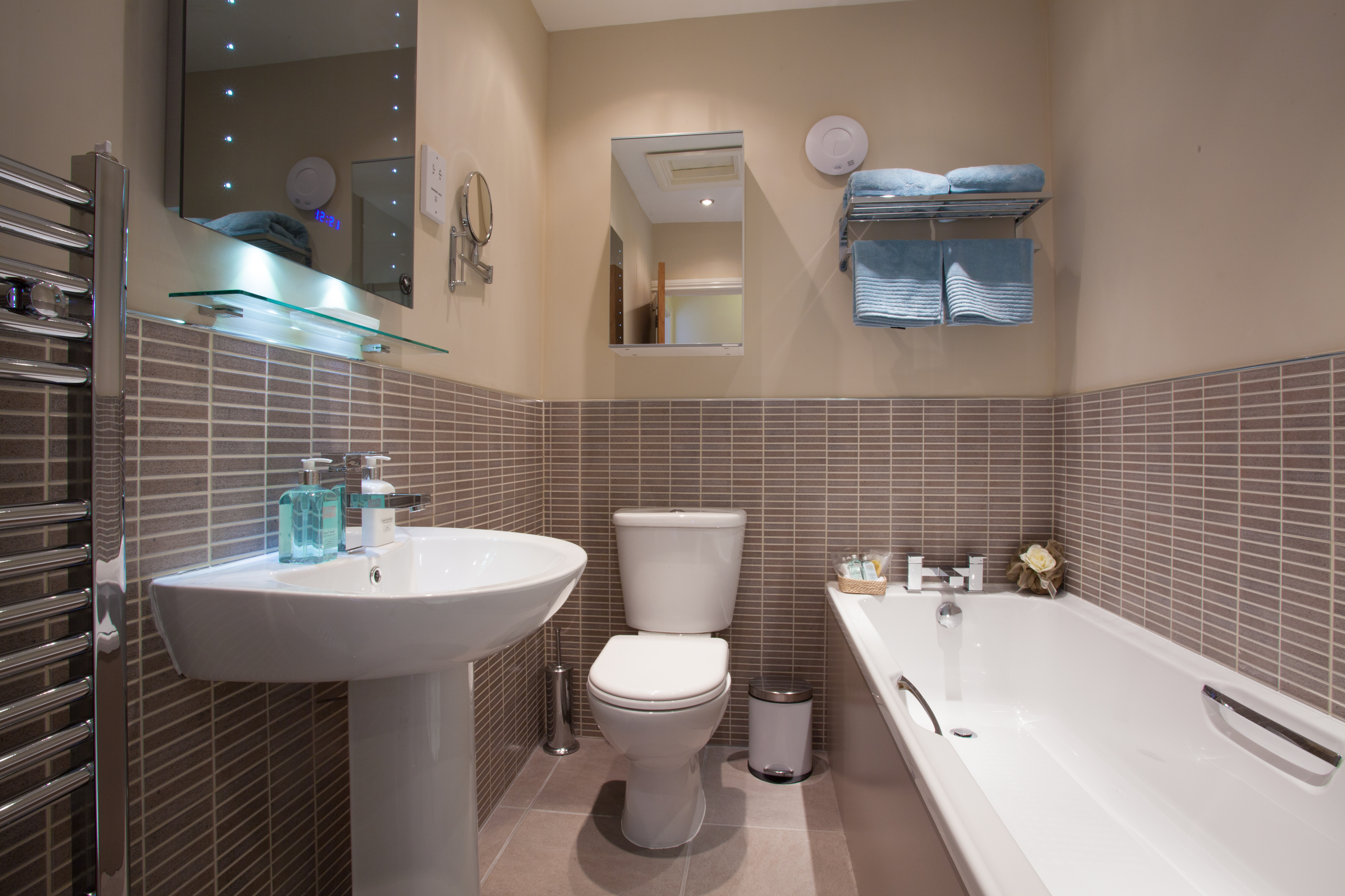 Nursery Cottage luxury bathroom Alnwick