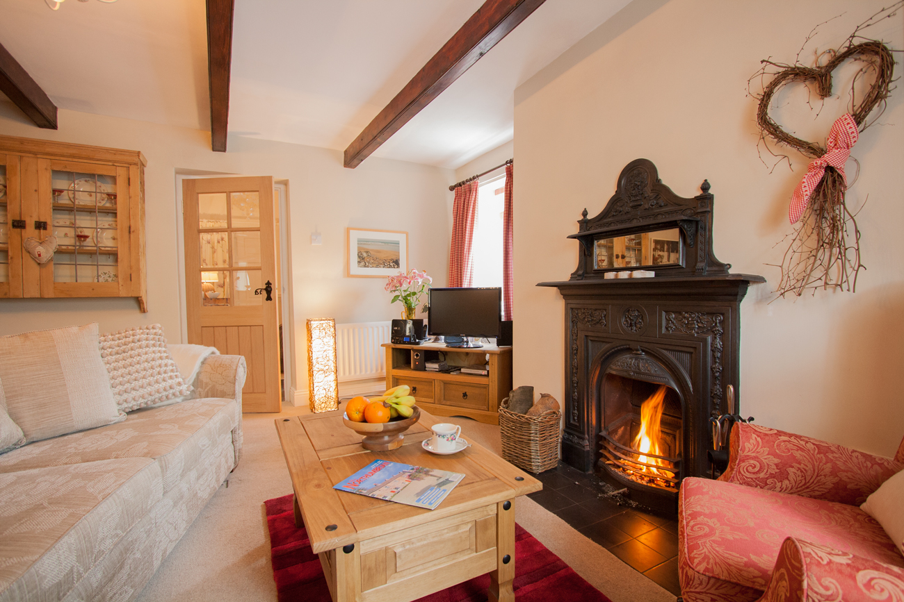 cottages_warkworth_cycle_walking_available, romantic holiday cottages for couples with a real fire