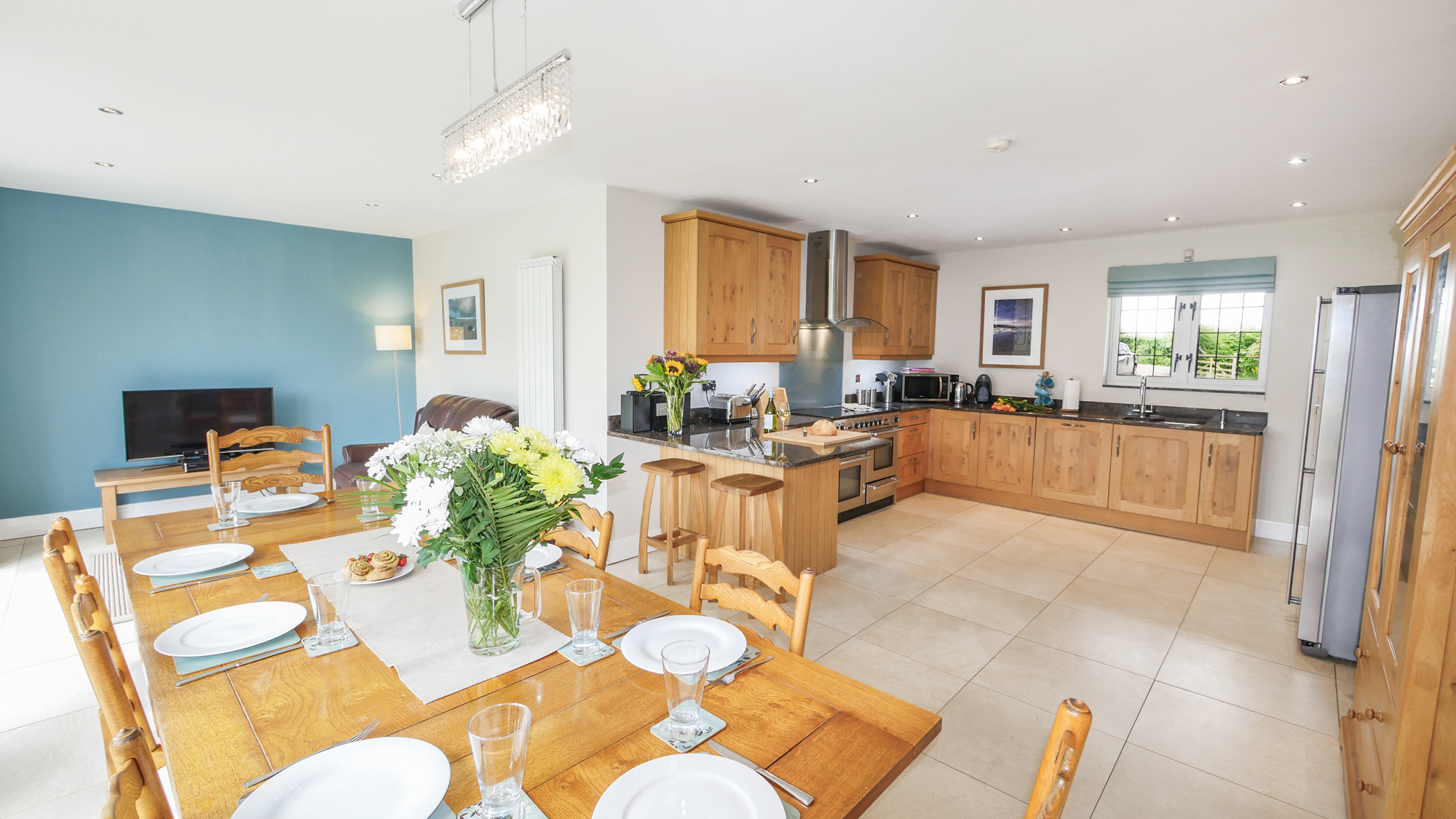 luxury cottages in Northumberland for 10 people, large cottages in Alnmouth available in the summer, luxury houses for rent in Alnmouth