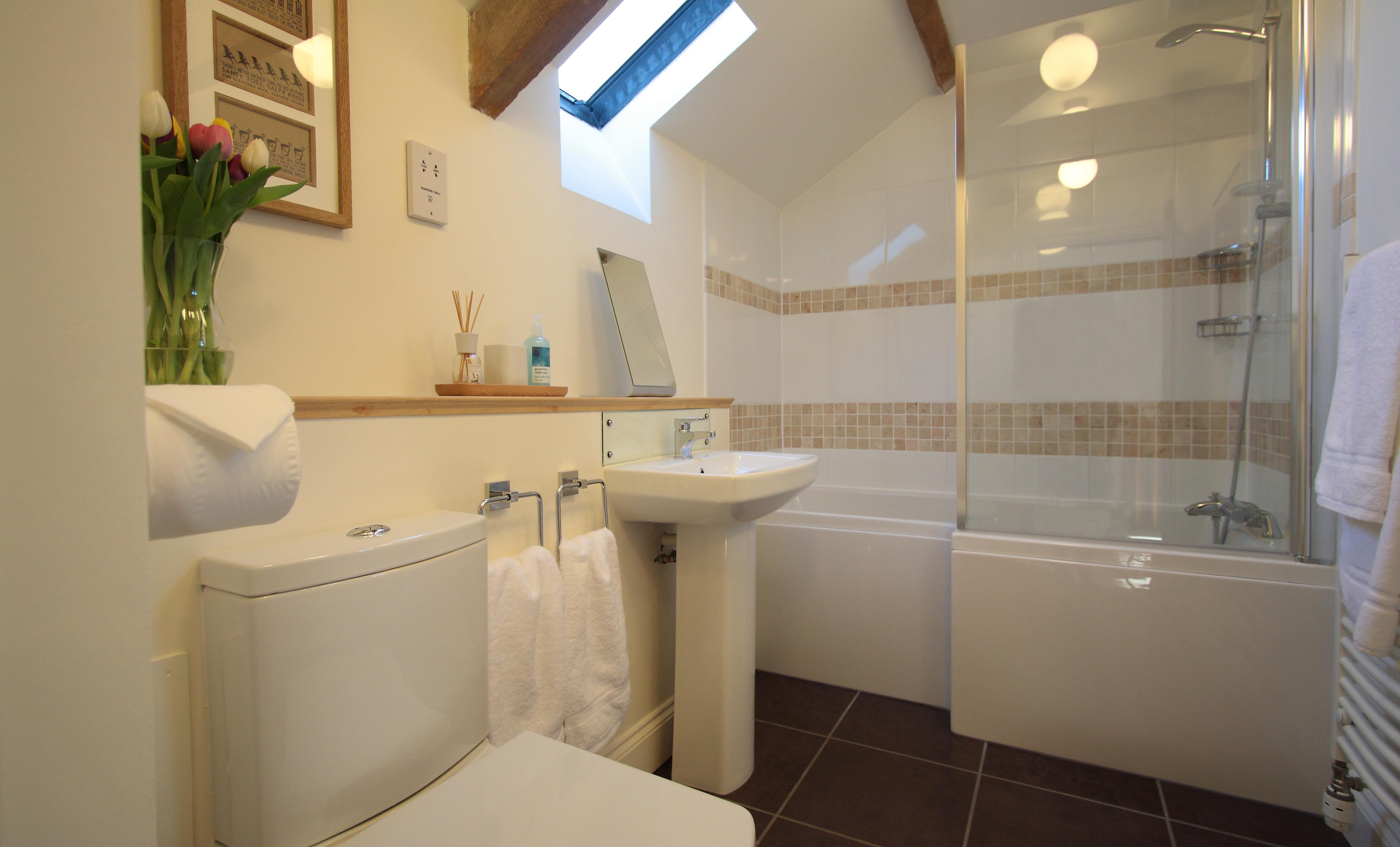 The Shiel at Warenton luxury bathroom