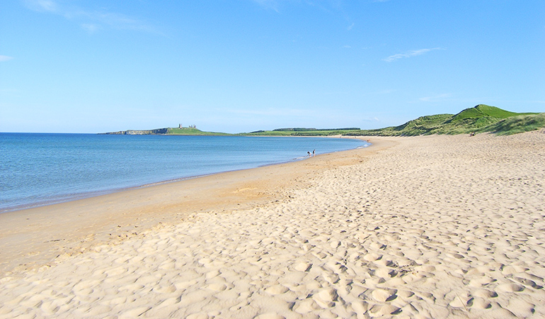 Explore Embleton beach, cottages in Embleton near the beach, walks in Embleton on the beach, places to eat in Embleton
