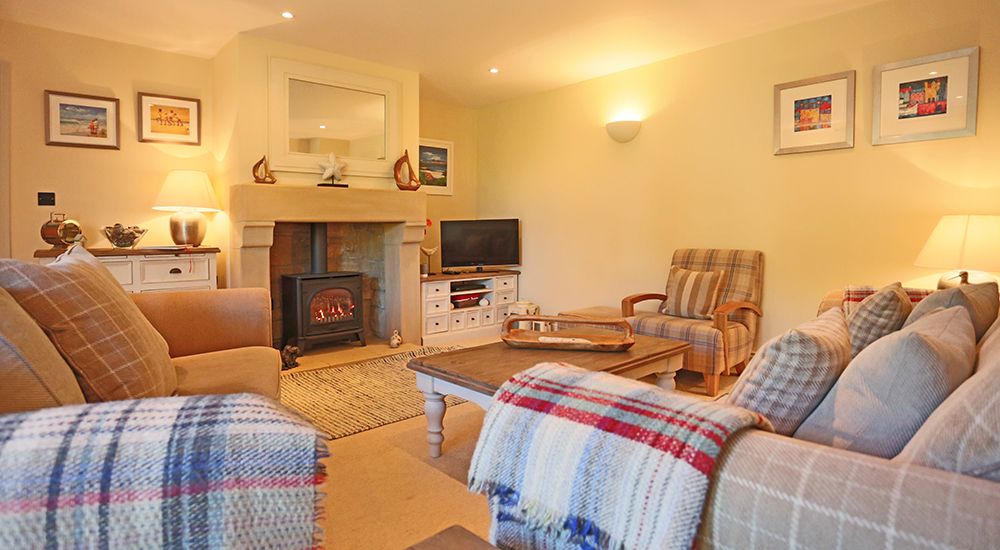 pet friendly large holiday cottages in seahouses, north sunderland holiday cottages for families with private hot tub