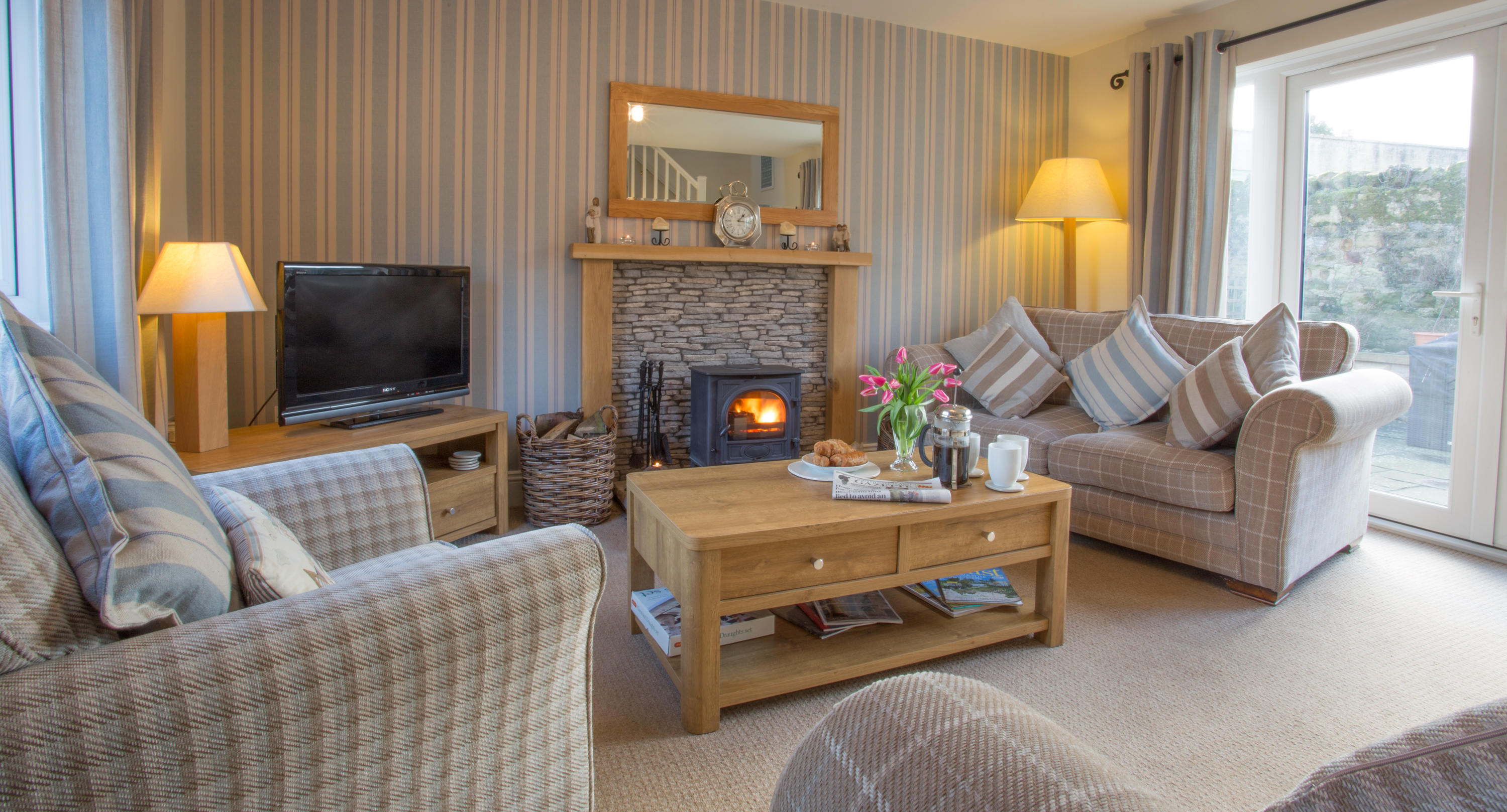 alnwick-amble-warkworth-beach-luxury-dog-friendly-craster-holiday-cottages-northumberland