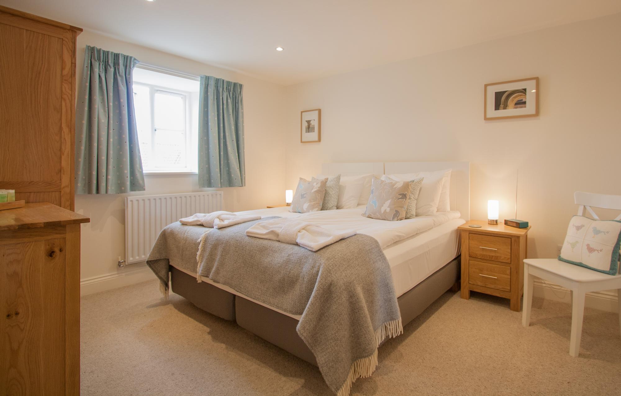 coastal luxury holiday homes Warenton and Bamburgh, coastal retreats luxury no pets