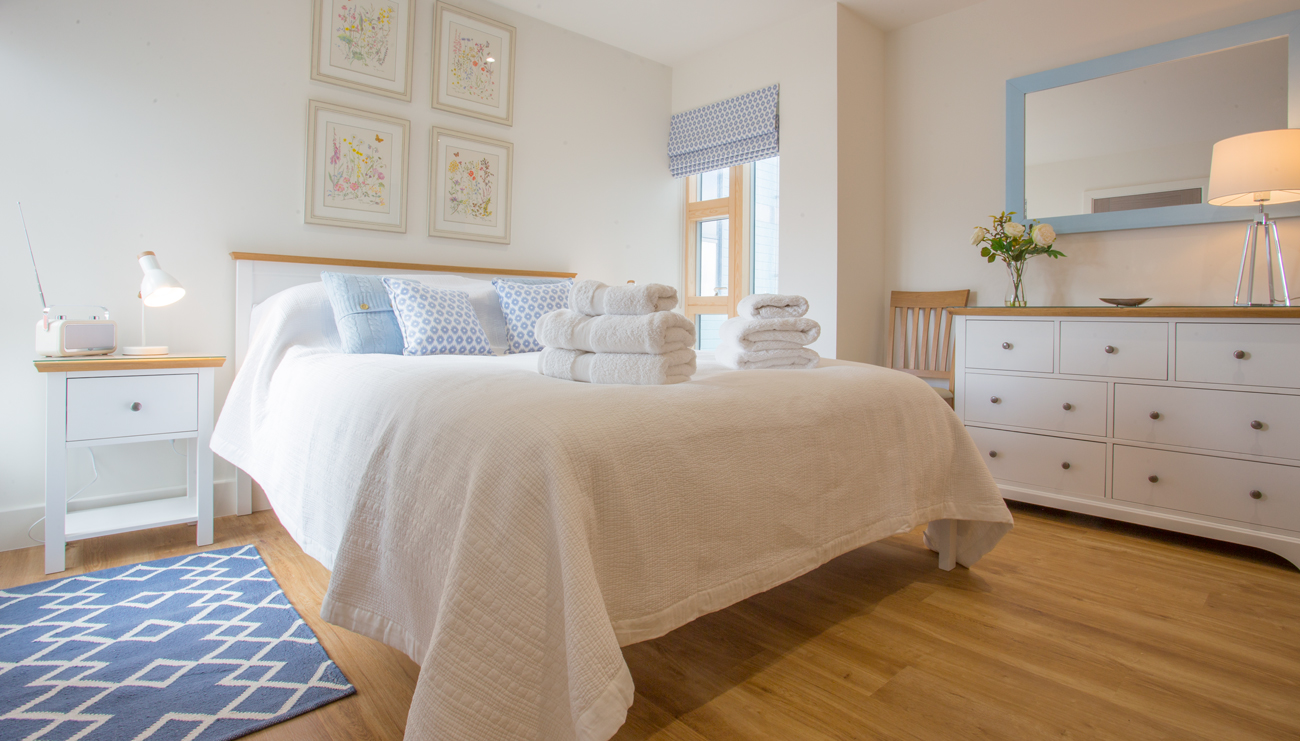 Swansdown master bedroom for Calm and serene bedroom ideas