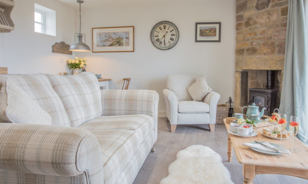 luxury cottages in alnmouth for couples with pets and a real fire