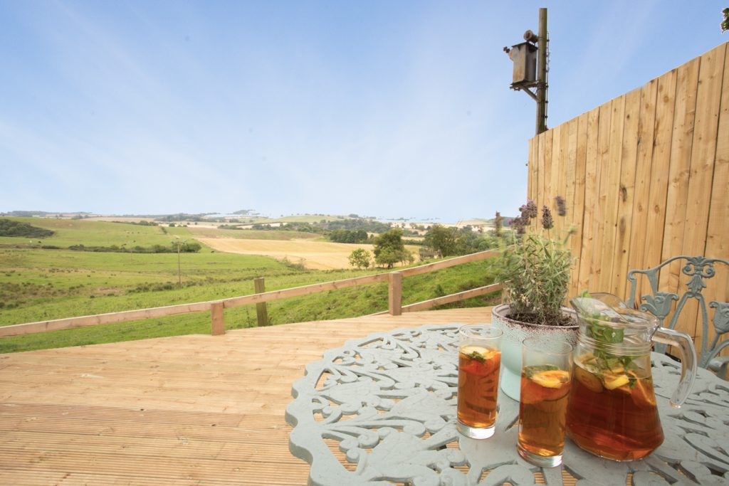 romantic pet friendly cottages in alnmouth with a real fire close to the beach