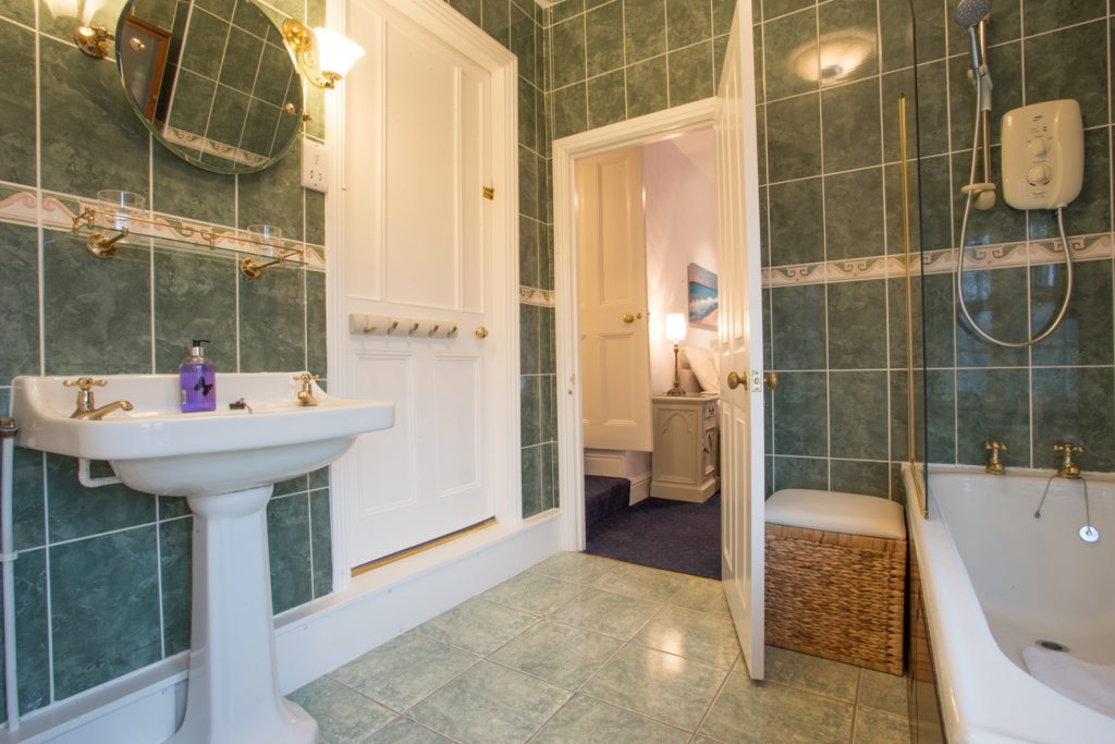 luxury large holiday homes for rent in seahouses