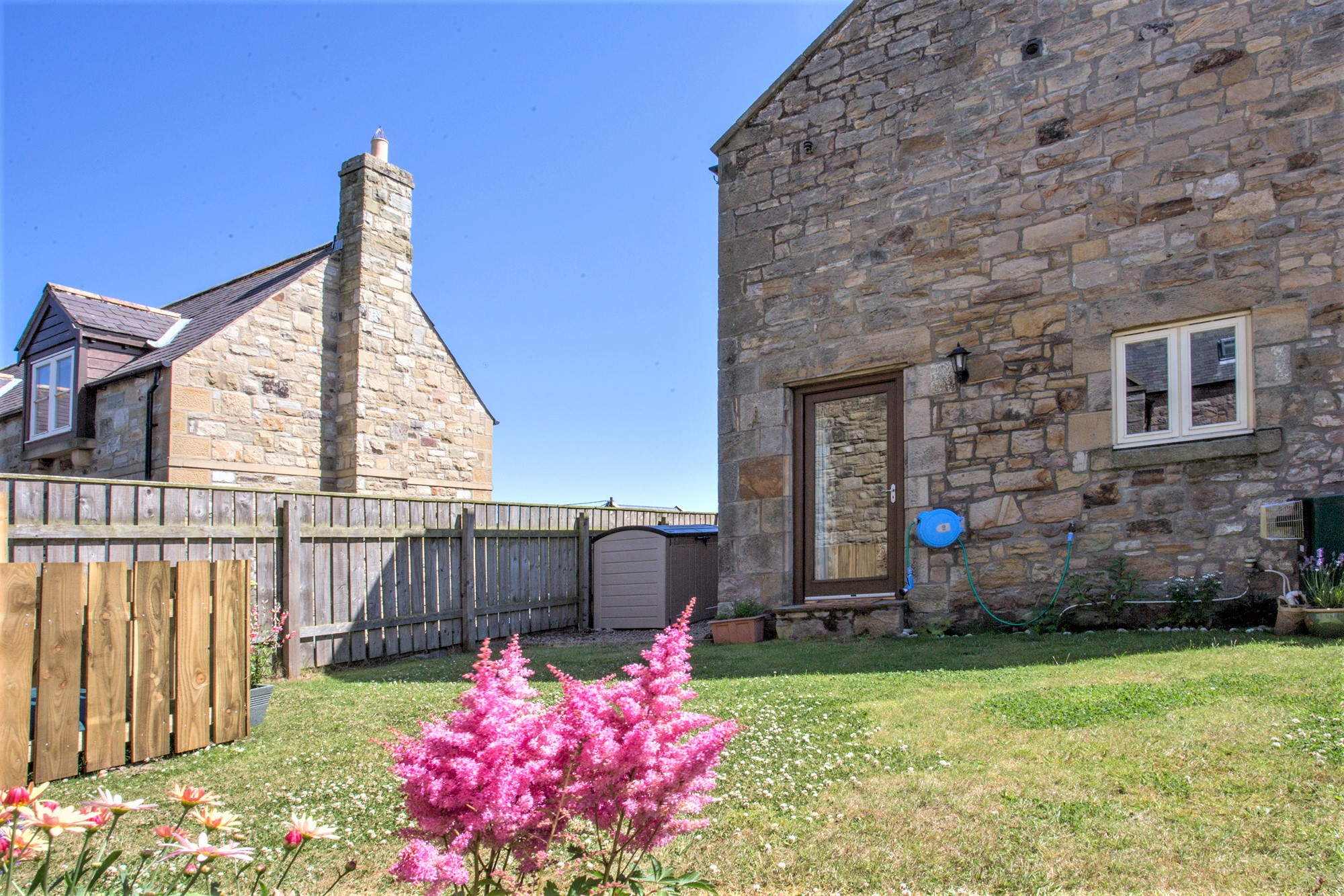 gorgeous cottages in countryside in Northumberland, great places to stay with good walks in northumberland