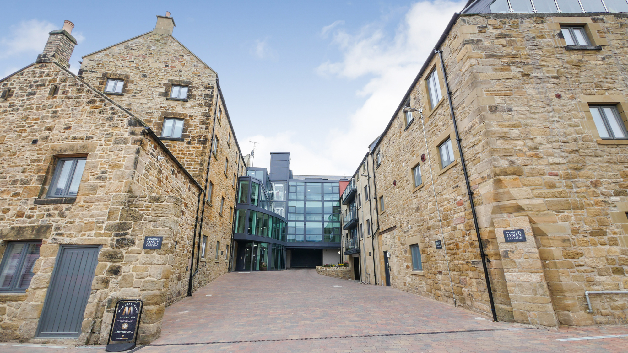 the maltings apartment Alnwick luxury self catering holiday apartments in historic Alnwick Northumberland